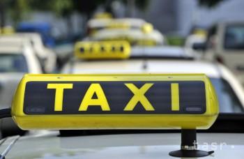 Robotické taxíky sa v nemeckých mestách objavia v nasledujúcom roku