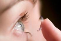 LEKÁRKA: Kontaktné šošovky nie je vhodné nosiť stále