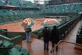 FOTO: Pre dážď zrušili na Roland Garros celý pondelňajší program