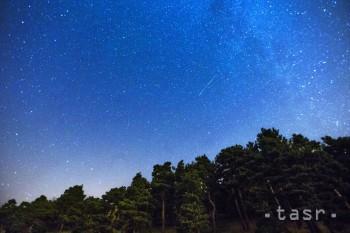 SAV: Nočnú oblohu po jarnej prestávke opäť rozžiaria meteorické roj