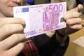 ECB rozhodla o stiahnutí 500-eurovky z obehu