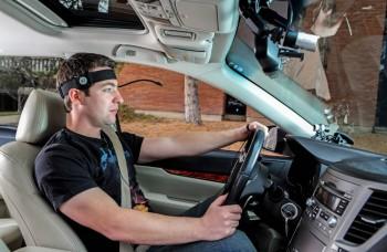 Je používanie hands-free v aute bezpečné? Zistili sme ako to je