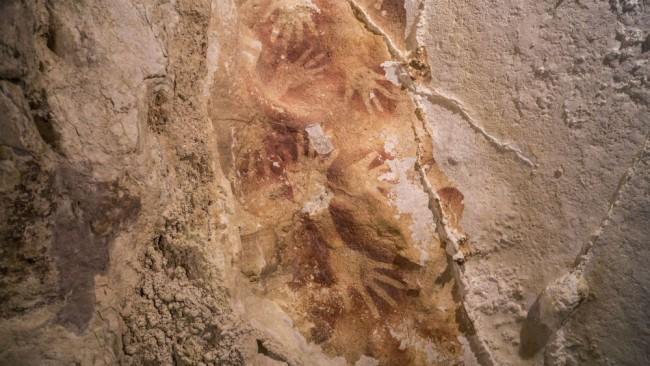 Absolútna datovania jaskynné umenie