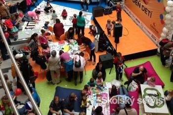 1800 detí vytvorí obrie plátno s rozmerom 113 m2