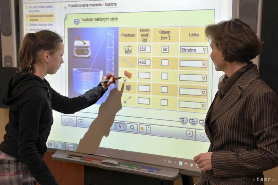 5ff7d4392e56 digitálne vzdelávanie - Fotodenník - SkolskyServis.TERAZ.sk