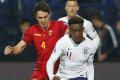 EURO 2020: Angličania dali opäť päť gólov, no rozčúlil ich rasizmus