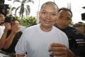 Do Thajska sa vrátil mních preslávený luxusným a amorálnym životom