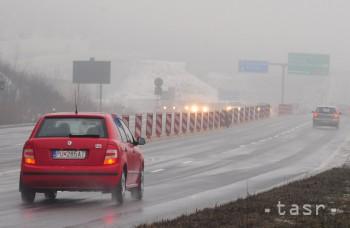 Policajti varujú: Jeseň prináša nástrahy pre vodičov