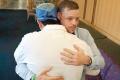 VIDEO: Lekári vrátili mužovi tvár po jeho pokuse o samovraždu
