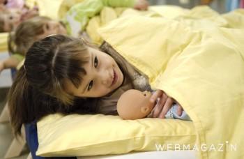 Mokrá posteľ v detstve môže spôsobiť traumu na celý život