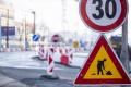 Bratislava očakávala v pondelok pre obmedzenia prvý nápor na dopravu