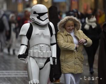 Karnevalový sprievod v Kolíne nad Rýnom ohrozuje búrlivé počasie