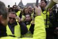 Vo Francúzsku pokračovali protesty žltých viest, účasť bola nízka