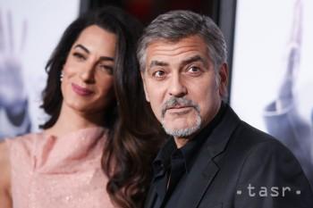 G. Clooney s manželkou sa stretli s Merkelovou, hovorili o utečencoch