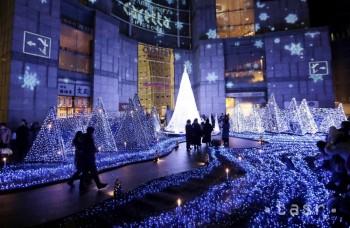 Každé mesto svieti inak: Najkrajšie vianočné inštalácie