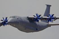 Vo Francúzsku sa predvádzali lietadla