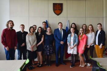 Úspešných tvorcov študentských médií na PU prijal rektor Peter Kónya