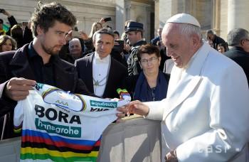 Highlighty týždňa: Sagan sa stretol s pápežom, Gott koncertoval u nás