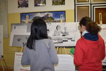 Výstava Škola s rešpektom na Tilgnerke