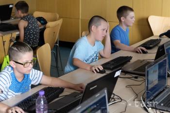 Žiaci základných škôl sa už môžu hlásiť na Nitriansku letnú univerzitu