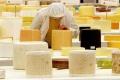 USA majú veľa syra, darujú ho chudobným