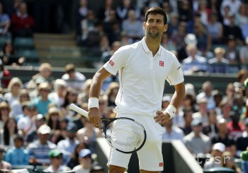 Djokovič postúpil do osemfinále turnaja ATP v Toronte