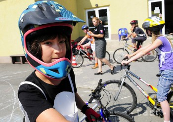 MŠVVaŠ: Štartuje kampaň Do školy na bicykli 2017