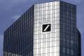 Cena akcií Deutsche Bank klesla prvýkrát pod 10 eur