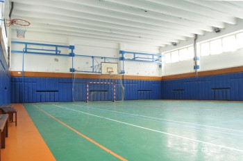 Ministerstvo pošle školám takmer päť miliónov eur na telocvične