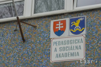 História PaSA v Bratislave siaha do roku 1975