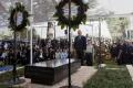 Na národnom cintoríne v Jeruzaleme odhalili náhrobok Šimona Peresa