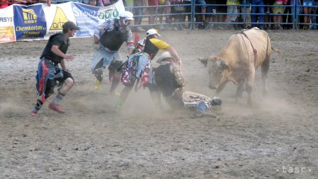 Dvadsiaty ročník rodea v muráni vyvrcholil jazdou na býkoch