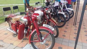 Vystavovali historické motocykle