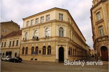 Košická univerzita mala pri založení filozofickú a teologickú fakultu