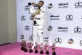 Kanaďan Drake získal rekordných 13 cien hudobného časopisu Billboard