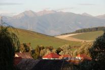 Na snímke výhľad na obec Ľubeľa