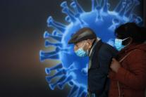 ODBORNÍK: Očkovanie je jediný spôsob na získanie imunity proti COVIDU