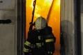 Hasiči likvidujú požiar vo filmových ateliéroch na Barrandove