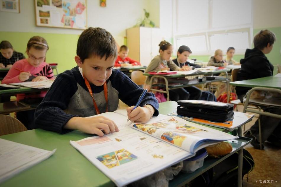 VIDEO: TESTOVANIE PIATAKOV: Takto obstáli v matematike a slovenčine