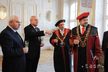 I. Gašparovič vymenoval rektorov dvoch vysokých škôl