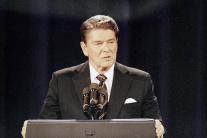 Prezidentskí kandidáti súperia v televíznych debat