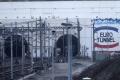 Waleskí fanúšikovia na autách hlásili v Eurotuneli meškanie 5 hodín
