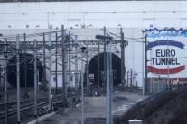 Migranti podnikli 1500 pokusov prejsť Eurotunelom, jeden neprežil