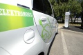 BMW investuje do elektromobilov, preto musí šetriť