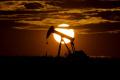 Ceny ropy koncom týždňa vzrástli, cena Brentu prekročila 43 USD/barel