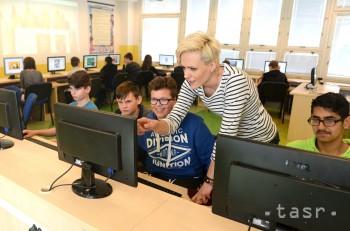 Grant v programe E-Talent môžu získať študenti i učitelia