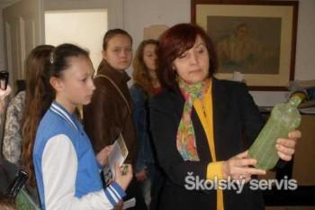Sklárski detektívi v Seredi