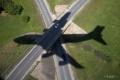 VIDEO: Po núdzovom pristátí začalo horieť lietadlo so 150 pasažiermi