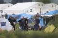 FOTO: Grécke orgány začali evakuovať utečenecký tábor v Idomeni