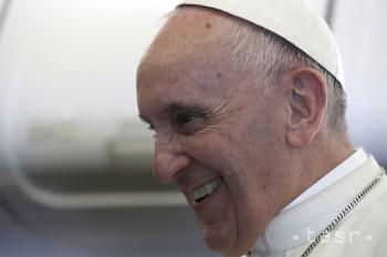 VIDEO: Pápež pricestoval do Poľska, svet podľa neho prišiel o pokoj
